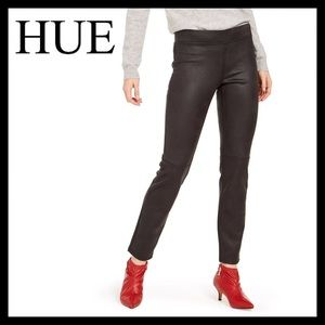 HUE Textured Microsuede Leggings Black